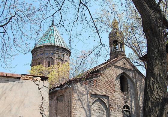 (Eastern Armenian) Եկեղեցական մարտեր Վրաստանում. պաշտպանվում են հայկական եկեղեցու իրավունքները